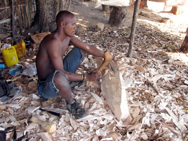 The Woodcarver, Mozambique