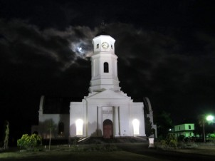The Dutch Reformed Mother Church (consecrated in 1842).  ©LB/notesfromafrica.wordpress.com