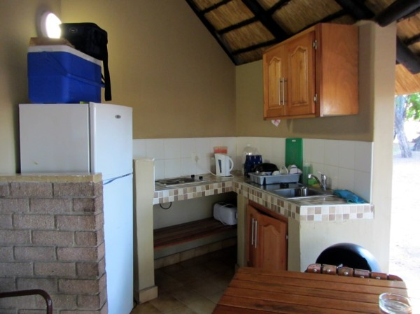 Letaba camp: the little kitchen corner. ©LB/notesfromafrica.wordpress.com